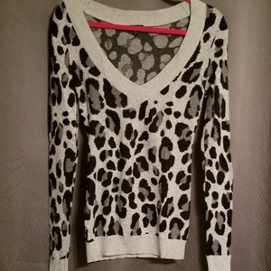 Express Size S leopard sweater